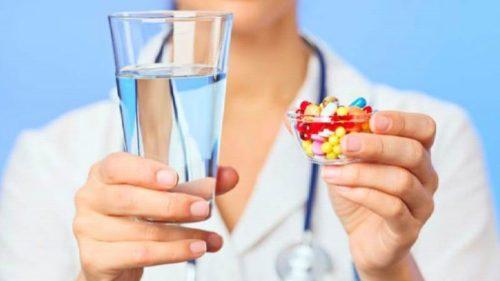 прием иммуномодуляторов и противовирусных препаратов