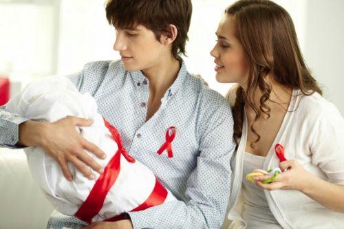 как мать может заразить ребенка ВИЧ